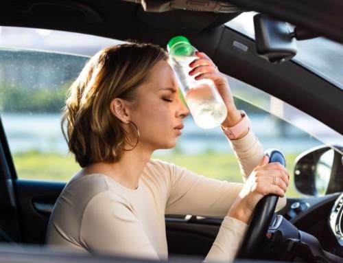 Consejos para viajar en coche con seguridad durante la ola de calor